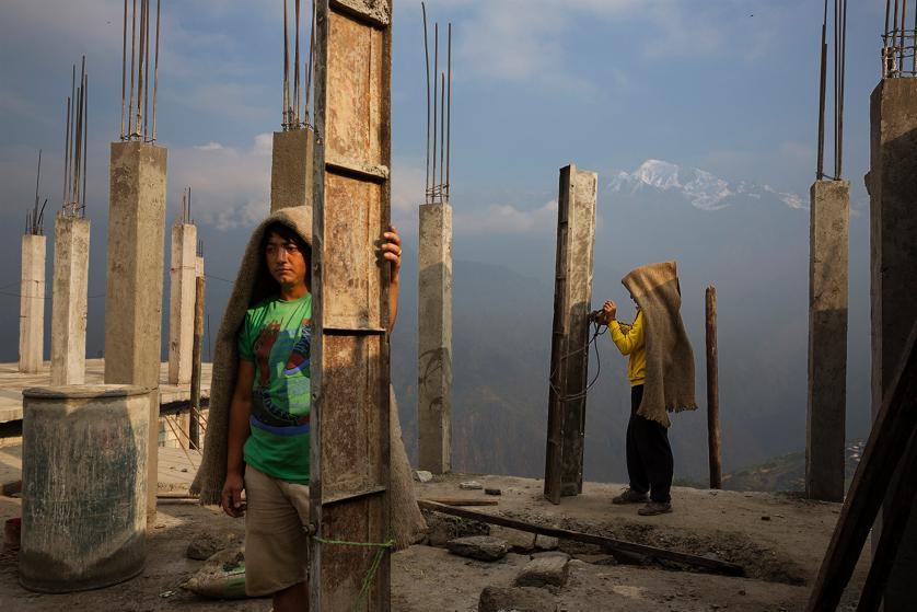 La reconstruction toujours en panne un an après le séisme