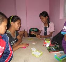Jeu de cartes dans la salle commune
